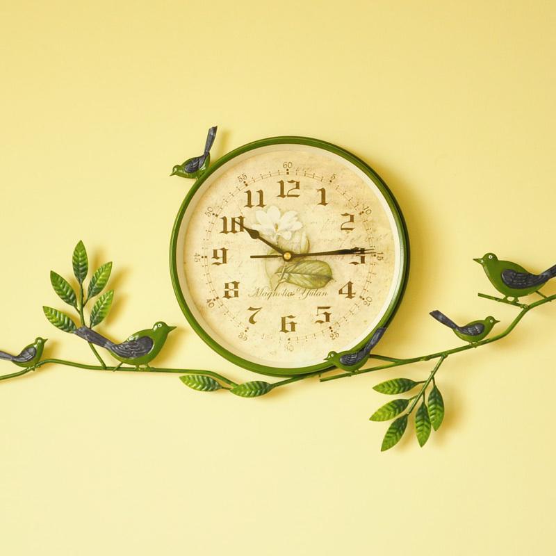 Зеленые часы своими руками