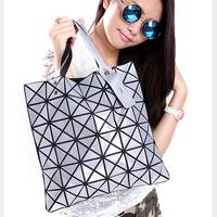 New arrival Fringe handbag Hologram Bag Womens Shoulder Shopping Bag Promotion Laser bags Female plaid Beach Bag Ladies Tote