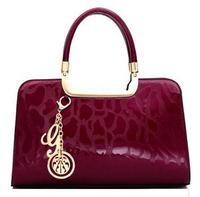 New 2014 Genuine Patent Leather Women Handbags Brand Totes Fashion Designs Clutch Bag Women Wristlets Bags H0623