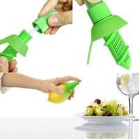 Hot Free shipping Fruit Citrus Lemon Lime Orange Stem Sprayer Juicer Kitchen Tool Juice Maker