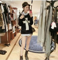 New fashion wholesale cross pure color round collar long sleeve set of head straight tube thick sweater 2404