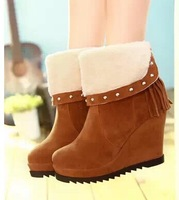 The new package mail rivets matte leather fringed with short slope boots snow boots rabbit size 34-39 B061