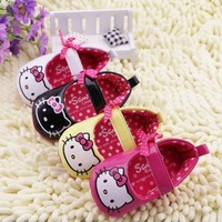 Free Shipping Hello Kitty Baby Shoes New Born Baby Prewalker Girls Shoes Infant Toddler Minnie Shoes First Walkers