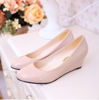 autumn new  women wedges shoes patent leather  Flats Women work shoes Big Size  35-40