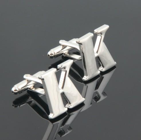 Top quality brand new moda de jóias homens franceses algemá unhas personalidade Capital letra K abotoaduras camisa de presente de alta qualidade(China (Mainland))