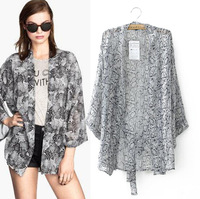 2014 new fashion women elegant Serpentine printed three quarter sleeve blouse Lady casual loose bat sleeve long shirt #E728