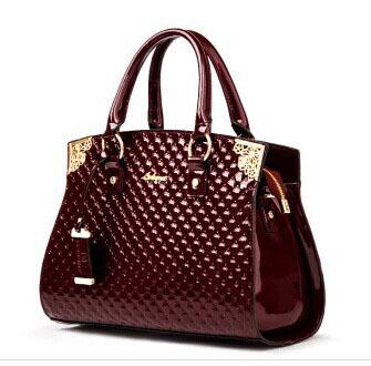 New 2014 women handbags genuine patent leather handbag fashion women messenger bags brand totes designs clutch bag shoulder bag(China (Mainland))