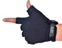 2014 Factory direct sales A half means the gloves anti-skidding wear-resisting tactical gloves for men Assault combat 511 gloves