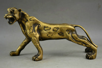Old Decorated Handwork Copper Carving A Fierce Le0pard Roaring Elegant Statue  Gift real Antique 100% Copper Bronze