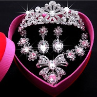 The bride wedding necklace three-piece suit Korean jewelry pearl crown tiara wedding accessories