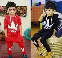 New 2014 Korean  version of spring autumn  models brands boy sweater + pants suit free shipping