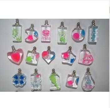 O envio gratuito de 500 pçs/lote misturado cristal perfume frasco de cor mista pingente Fragrance frasco(China (Mainland))