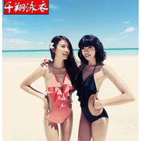 Ms swimsuit wholesale New conjoined triangle sexy swimsuit show thin Dew neck lumbar beach vacation