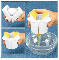 EZCracker Crack, Peel & Separate Eggs Perfectly. Good-Bye Shell Chips Handheld Egg Cracker/egg ez cracker/easy crackerls
