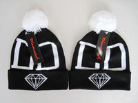 Hot Selling New Hats Brand Diamond Beanie with pom DD in black red hot men women's knitted beanies cap 1 pcs Drop Shipping
