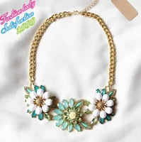 2014 Newest Fashion Statement Choker Pendants Necklace Luxury Good Quality Vintage Flower Gold Chian Collar Necklace 2776