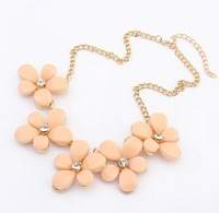 Europe and the fresh flower sweet necklace+ Free shipping#106831