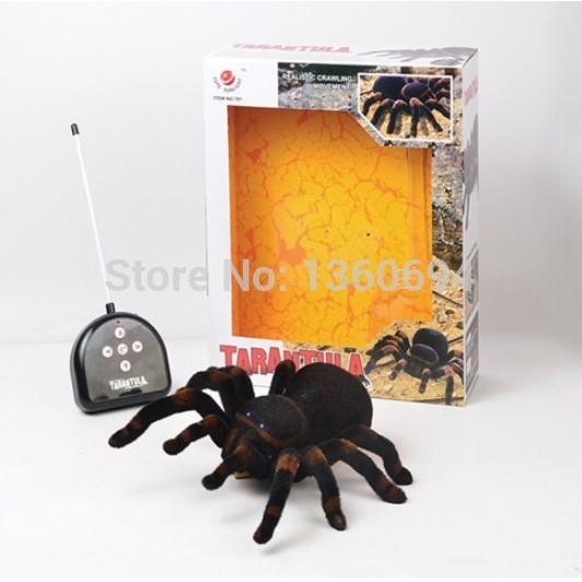 Versandkostenfrei 4-kanal-fernbedienung Kontrolle spinne Augen leuchten halloween Simulation spinne rc schwierig beängstigend spielzeug Streich geschenk-modell