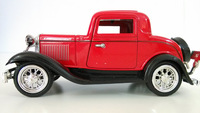 1:32 scale classic car for collection red color diecast model car with pull back function metal old style car for decoration