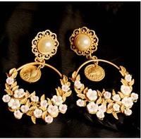 2014 New Baroque vintage earrings flower pearl cutout carved earrings fashion women statement vintage earring