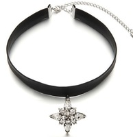 New Coming Vogue Black Leather Flower Gothic Chokers Collar Necklace