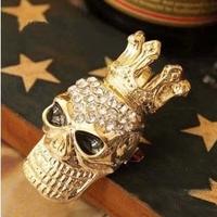 Free shipping brooch shiny Rhinestone Crown Skull Brooch  classical exquisite novelty skull brooch Popular European style