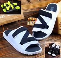 2014 New  Shoes men slippers fashion breathable Hollow out sandals flip flops Beach sandals men and women shoes