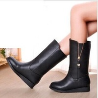 The new women boots flat with Martin motorcycle boots black color autumn boots size 35-40 B114
