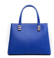 Free shipping 2014 new European and American fashion luxury handbag shoulder diagonal V-shaped pattern handbag bag lady