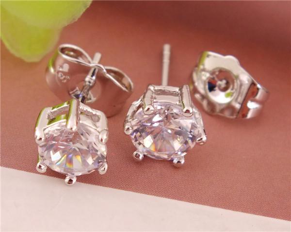 Fashion 1pair Sterling Silver Beautiful CZ Womens Stud Earrings Free Shipping Nice Earrings(China (Mainland))