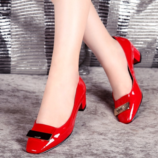 new 2014 women shose of fashion sexy female soles sapatos femininos comfortable leather pump black red two color wedding shose(China (Mainland))