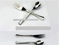 One-time metallic luster with thick coating table spoon spoon with a scoop of ice cream scoop of a spoon