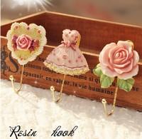 1PCS Wall Mounted Vintage Rose Hat Coat Robe Hook Door Bathroom Towel Clothes Rack Hanger Resin