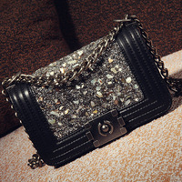 """ Still good"" about 2014 new European and American models Freaky Lingge chain handbag shoulder bag diagonal drilling a small inc"