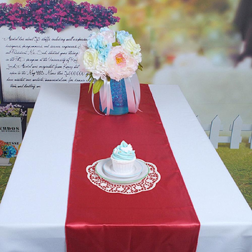Plum decoraciones de la boda