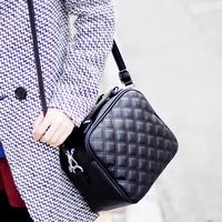 2014 female Bags one shoulder messenger bag handbag fashion trend of the plaid vintage women's handbag free shipping