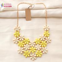 2014 christmas gift fashion Gold back Pink White Yellow Little Flower Lattice False Collar Bib Lady Pendant & Necklace Wholesale