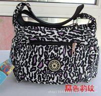 Wholesale supply of high quality washed cloth shoulder Messenger bag Korean explosion models Hot handbags academic