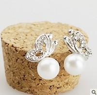 Temperament lovely butterfly pearl earrings For women