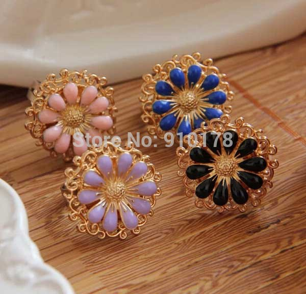 2014 daisy flower women ring fashion alloy finger rings women accessory several colors(China (Mainland))