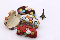 Cortical buttermilk skin flower box Clam Shell Hard Case Box Pouch Bag Eye Glasses Sunglasses