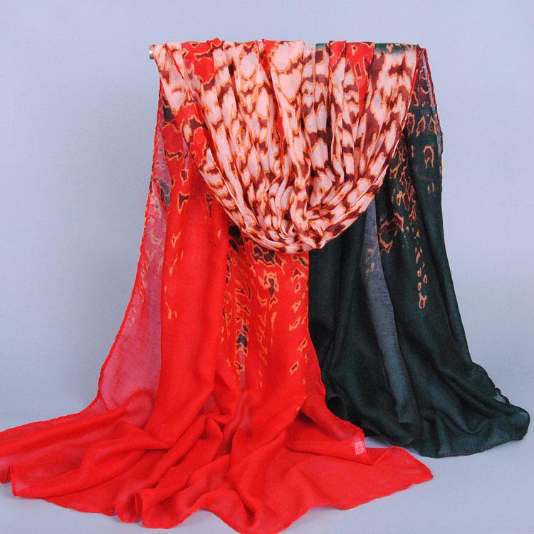 20pcs/lot fashion printe leopard ombre scarves popular viscose design long muslim hijab fashion head scarf/shawls(China (Mainland))