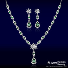 Flower Drop Earrings/Necklaces Promotion Sale White Gold Plated Wedding CZ Diamond Jewelry Sets For Women (Silveren S0471)