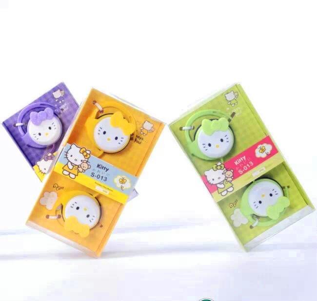 Wholesale Hot Sale Cartoon Hellokitty earphones Cute Earphone 3.5mm on-Ear fone de ouvido headphones for kids girls Gift(China (Mainland))