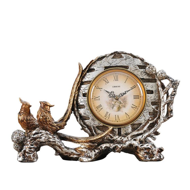 Lai Sheng European creative home decor retro desk clock table clock personalized ornaments classical antique watches quartz watc(China (Mainland))