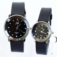 Free Shipping Silicone Bracelet Watches Popular Fashion Quartz Lovers Men Women Girl Unisex Wrist Clock Watch Rhinestones Metal