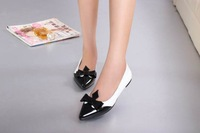 brands  lady 's Flats shoes black and white mixed colors leather flats shoes