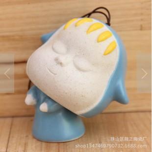 venda quente cerâmica sleepwalking boneca para a decoração do carro acessórios presente perfeito sinos eólica frete grátis(China (Mainland))