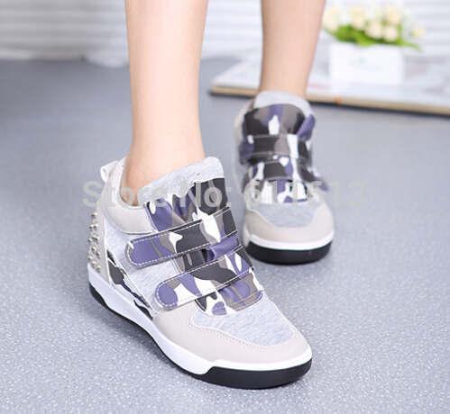 Grátis frete 2014 outono rebites sapatos de Velcro aumentou sapatos de lazer dentro esponja grossa sapatos documentários declive inferior(China (Mainland))