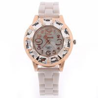 Free shipping New Arrival Fashion Women Rhinestone Watches Fashion & Casual Watches